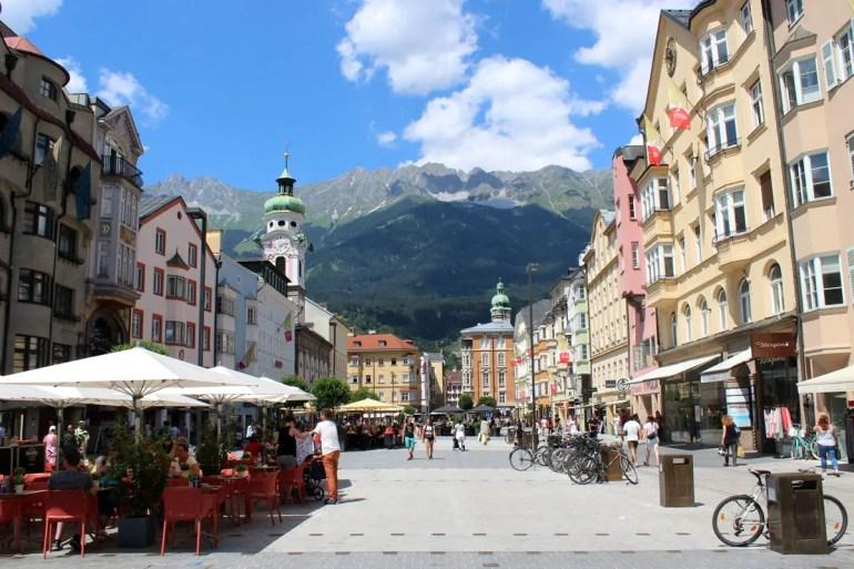 Die Maria-Theresien-Straße ist Innsbrucks Einkaufsmeile