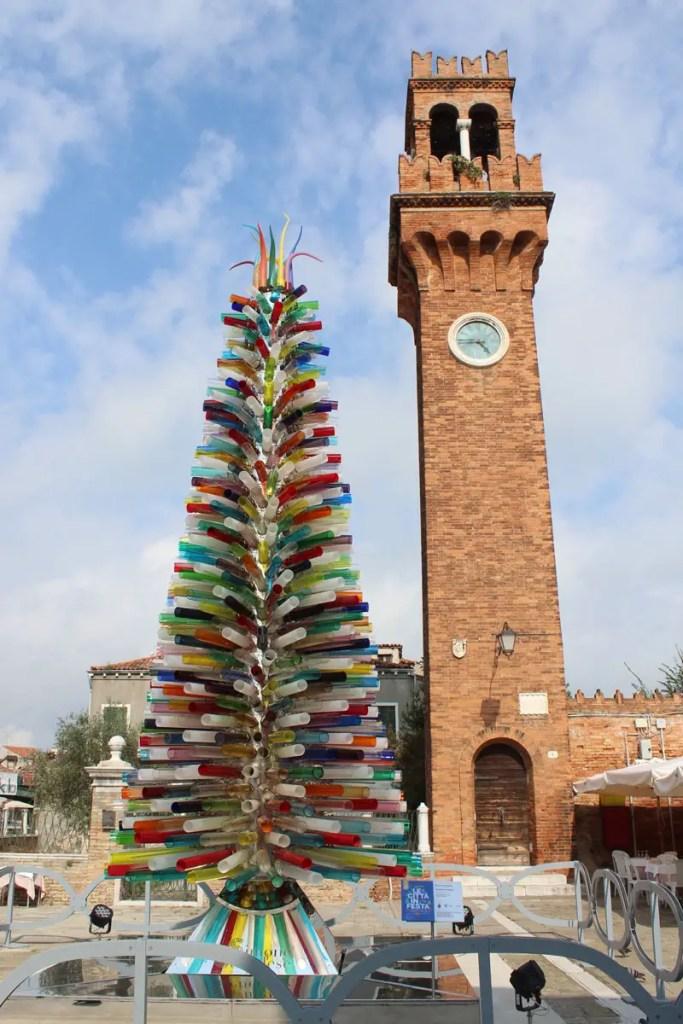 Ein Baum aus Murano-Glas