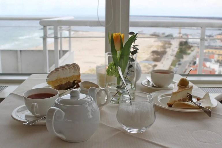 Vom Café Panorama im Hotel Neptun gibt es einen grandiosen Ausblick