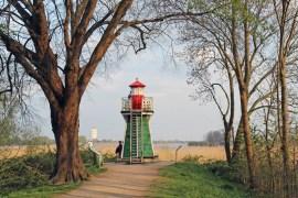 An der Bunthäuser Spitze steht Hamburgs kleinster Leuchtturm