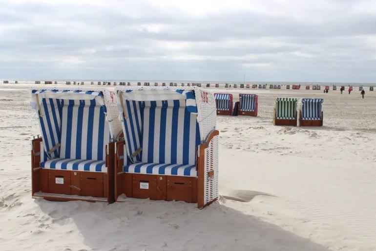 Die Strandkörbe in Norddorf am Strand