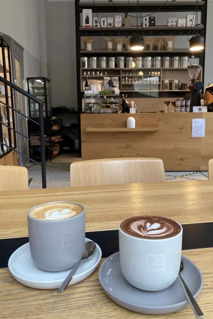 Leckerer Kaffee im Kreuzviertel bei Herr Hase
