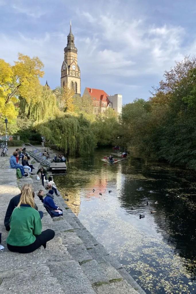 Relaxen am Karl-Heine-Kanal in Plagwitz