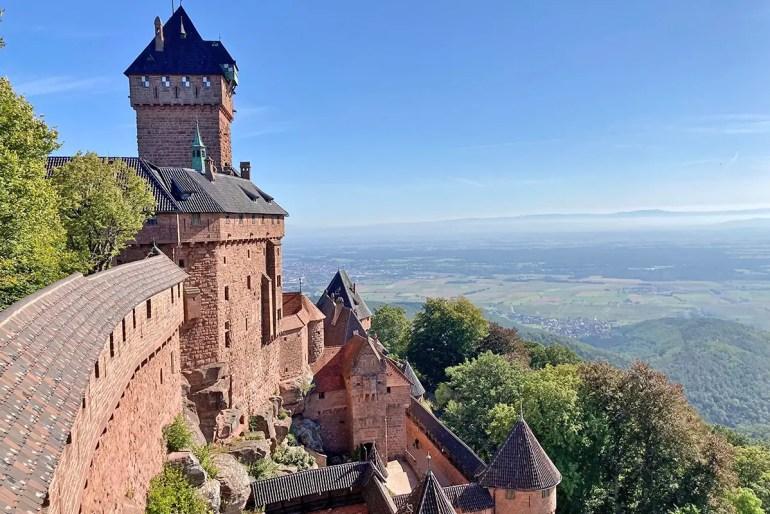 Die Hohkönigsburg ist eine der meistbesuchten Sehenswürdigkeiten im Elsass