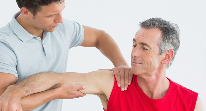 What Causes Pain Under Right Shoulder Blade? Check Causes ...
