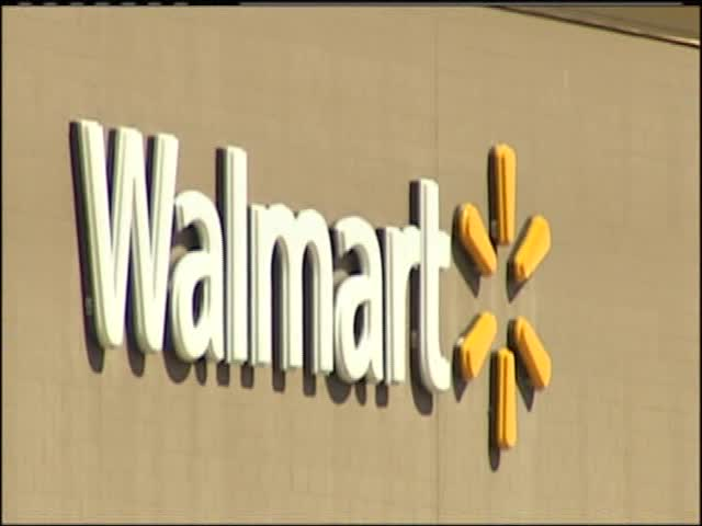 Customers and Employees React to Walmart on Georgia Reopenin_44244356-159532