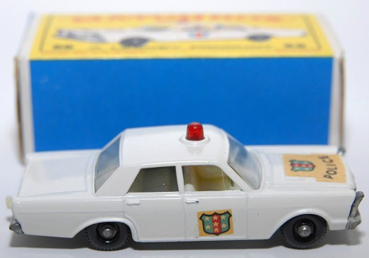 Matchbox-Vintage-55C-Ford-Galaxie-Police-Car-White-06