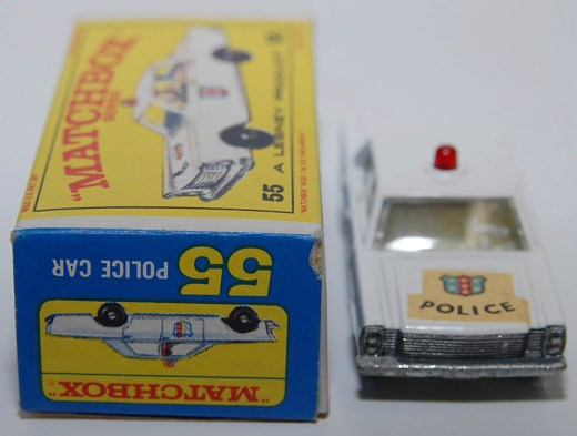 Matchbox-Vintage-55C-Ford-Galaxie-Police-Car-White-07