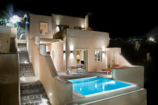 Voreina Gallery Suites In Santorini
