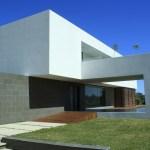 Casa Colina by Ricardo Ruiz