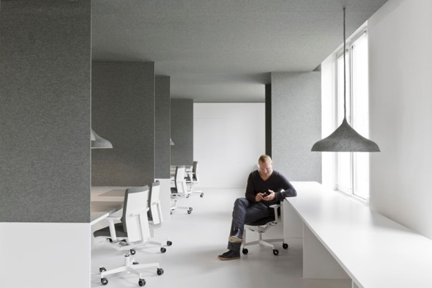 Office 04 by i29 interior architects 07