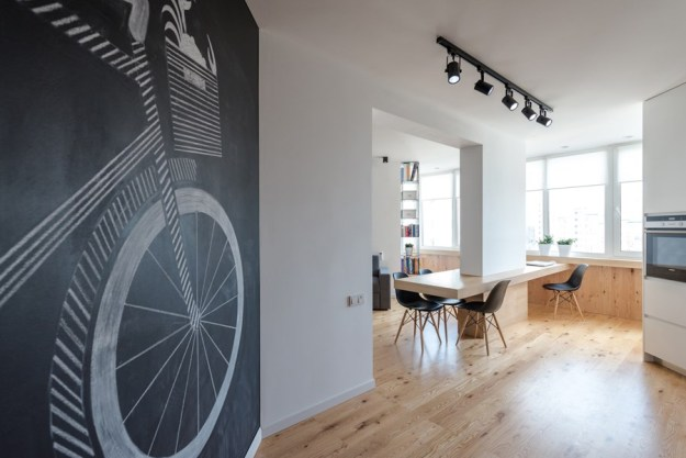 Apartment with a map by Lugerin Architects 01