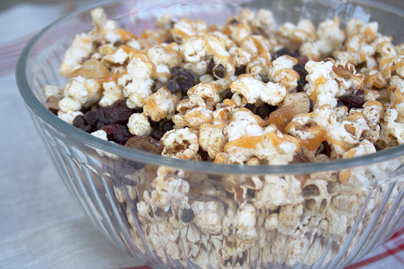 Sweet and Full of Spice, All Natural, Popcorn Treats for Fall | myhumblekitchen.com