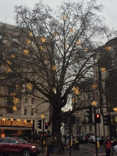 London nights in December