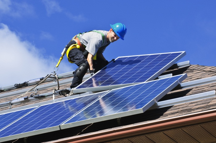Is the Australian Government conducting enough solar system audits?