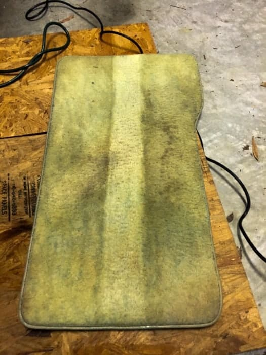 Spot clean carpet with this hand held carpet cleaner -- It really works, take a look!