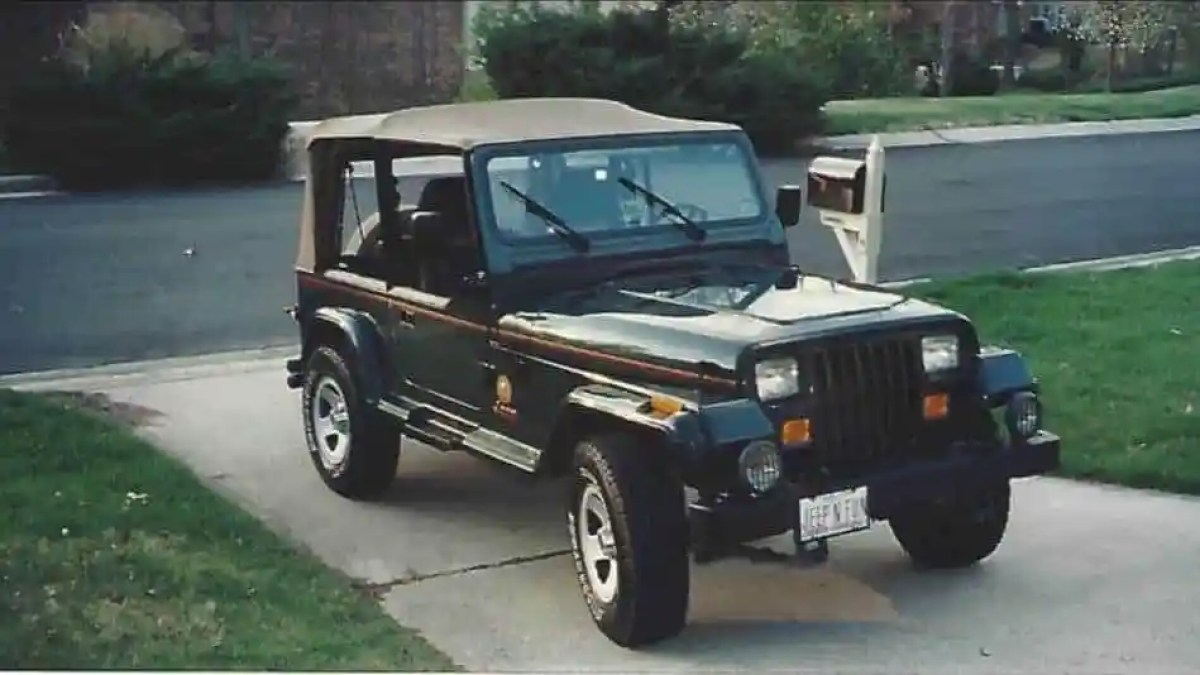 1993 Jeep Wrangler Sahara 4x4