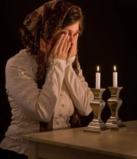 Shabbat Candles - My Jewish Learning