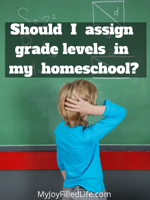 Some of the advantages and disadvantages of using grade levels in your homeschool.
