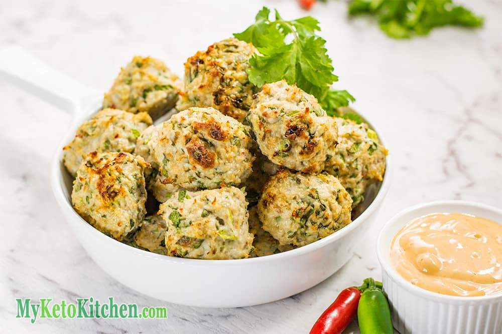 easy low carb thai chicken meatballs with dipping sauce. Black Bedroom Furniture Sets. Home Design Ideas