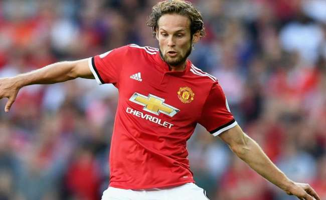 Manchester United And Ajax Agree Daley Blind Transfer Mykhel