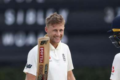 Imperious Root goes close to double-double as second Test remains poised
