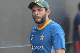 Afridi asks former Pak greats to follow Dravid's footsteps in grooming young talents