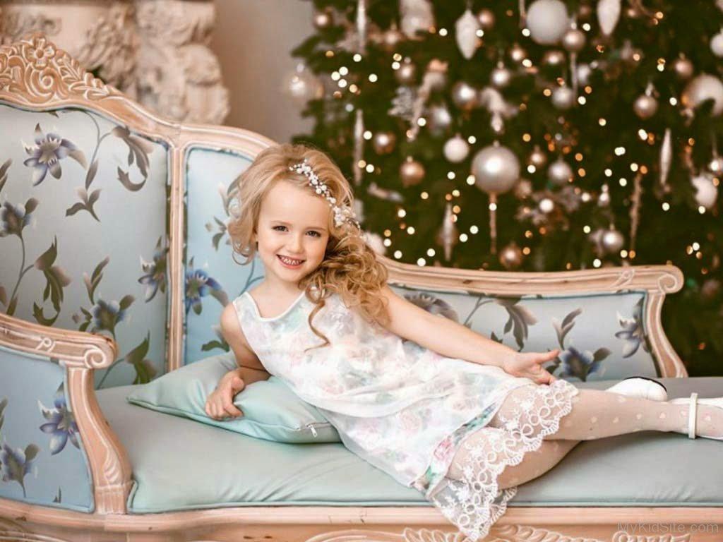 Cute Little Kid Wallpapers Baby Queen Look