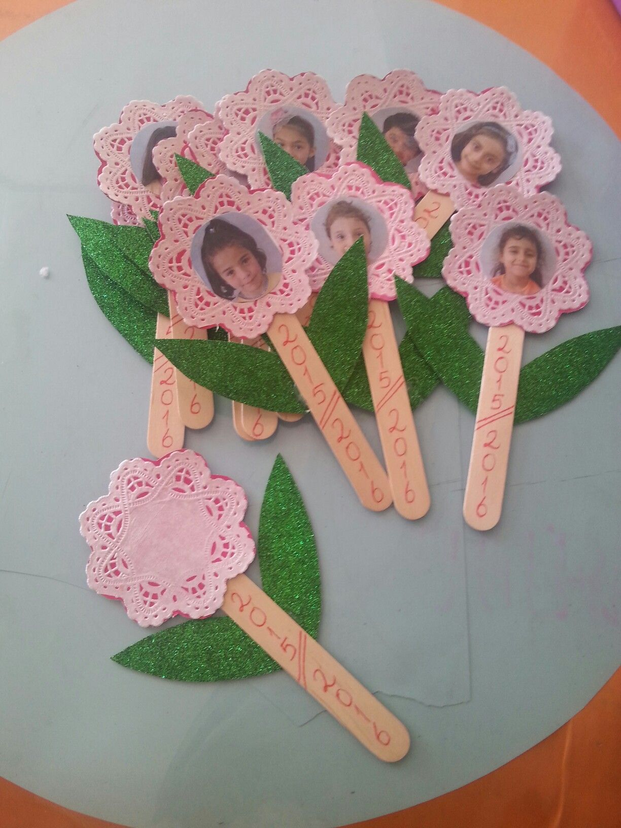 10 Marvellous Mother S Day Crafts For Kids That They Ll