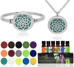 My kind of Zen - Bella Therapy Aromatherapy Lotus Diffuser Necklace and Bracelet