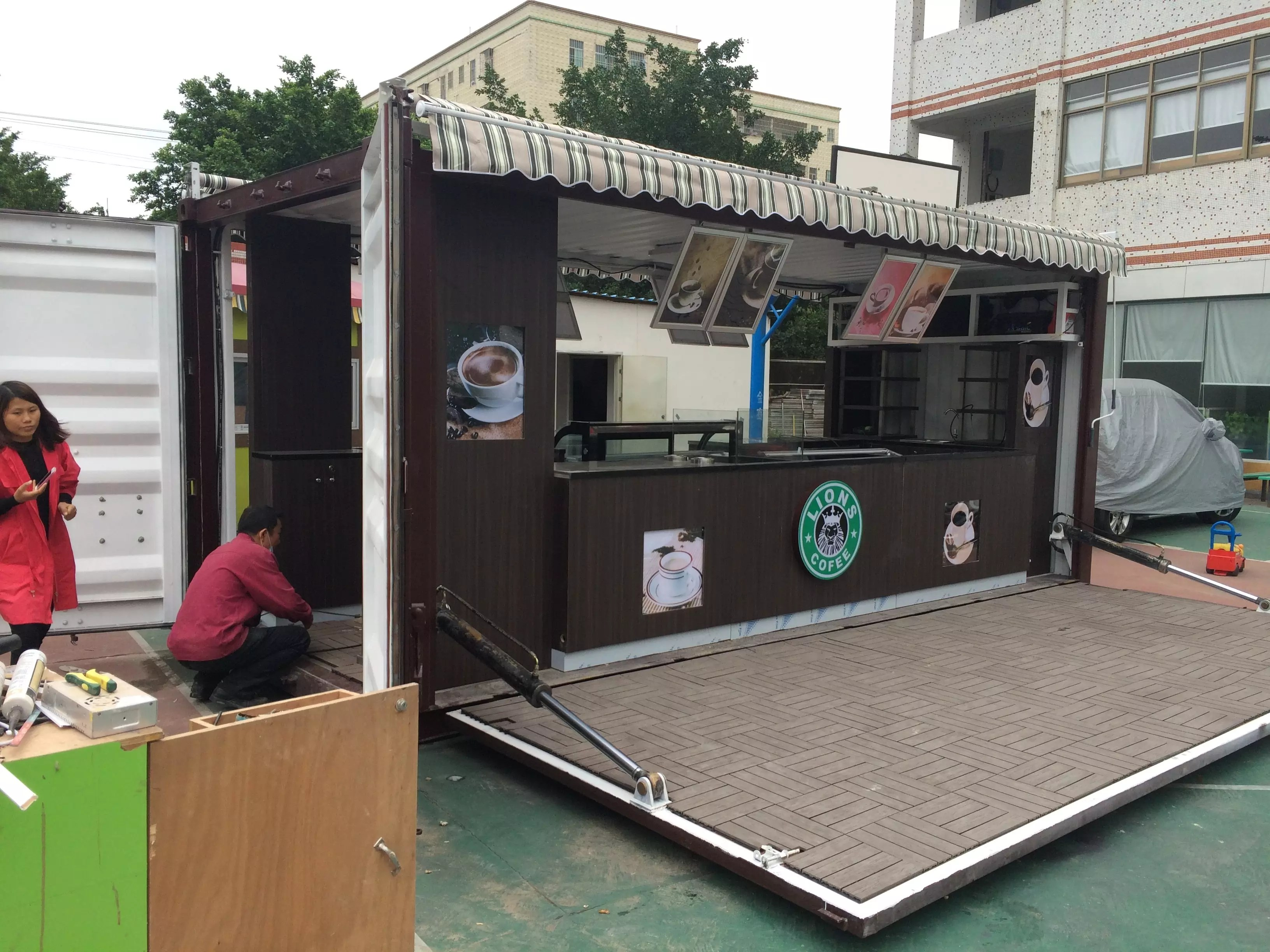 Outdoor 20ft Shipping container kiosk into cafe  Mall