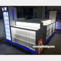 Fresh healthy juice bar kiosk gelato ice cream booth