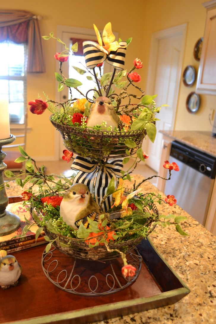 Kitchen Table Centerpieces Furnished Birds Decor