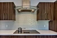 Lovely Glass Backsplash for Kitchen: The Important Design
