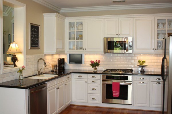 White Kitchen Cabinets with Subway Tile