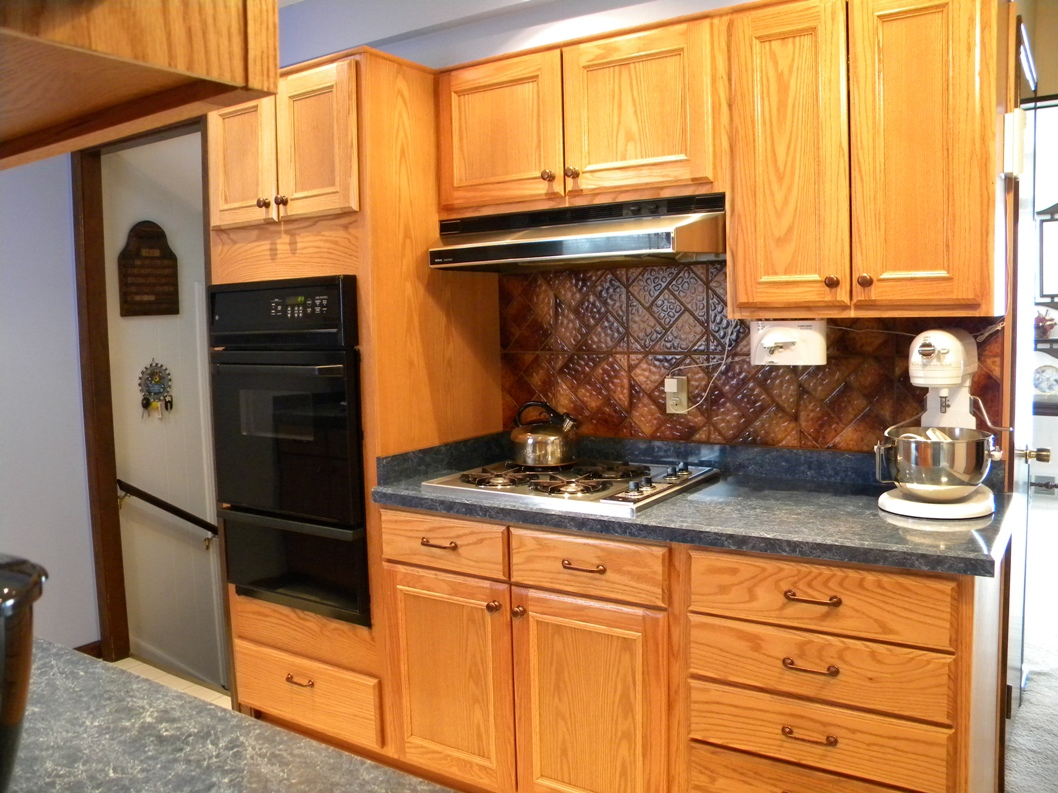 kitchen cabinet knobs ideas round tables and chairs mix match of great hardware for