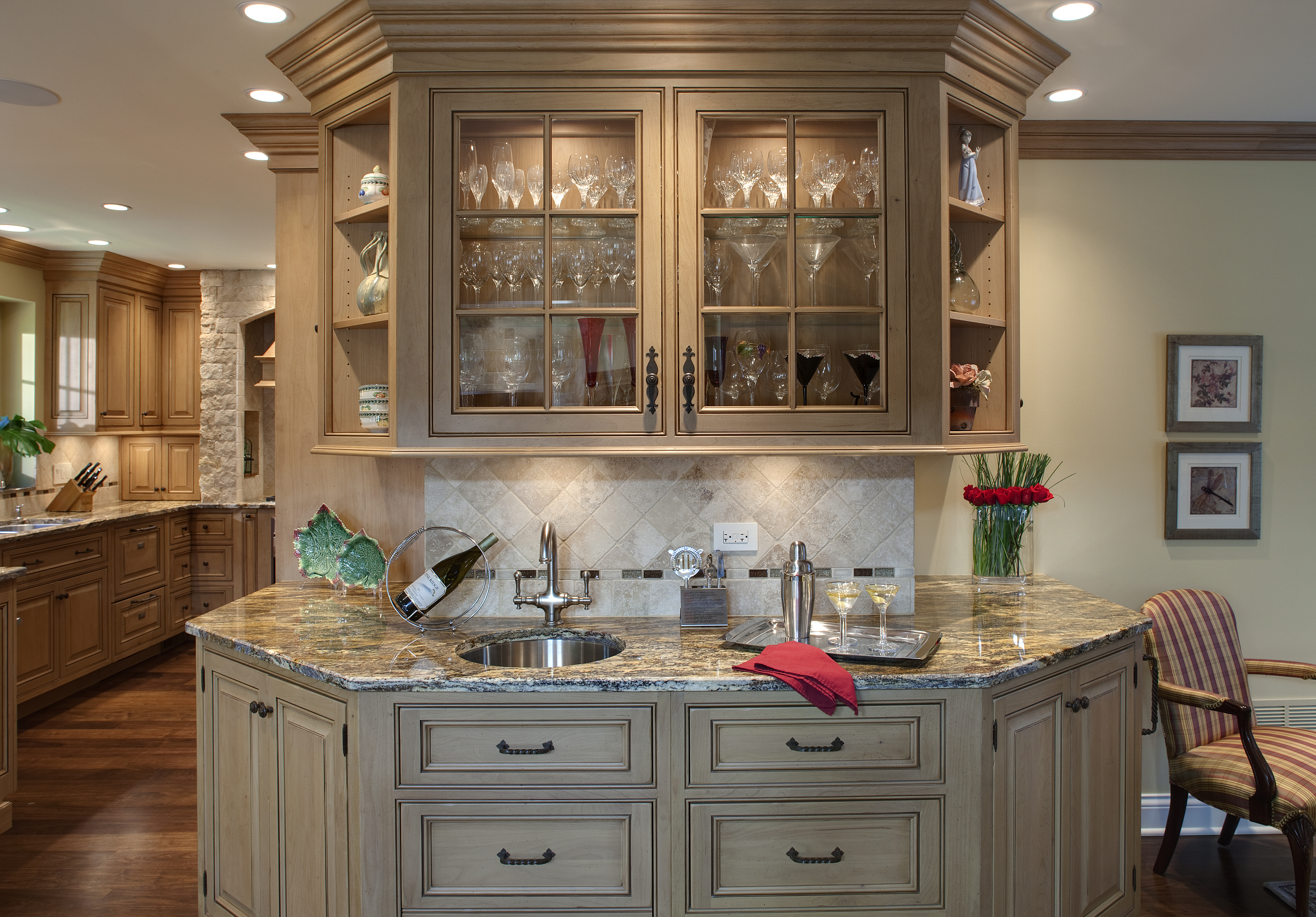 Best Kitchen Gallery: Tuscan Style Kitchen Cabi With White And Wooden Tone  Of Tuscan Kitchen