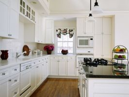 Glamorous White Kitchen Cabinets Remodel Ideas with Molded ...