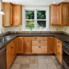 What To Use Clean Kitchen Cabinets Exhaust Hoods Tips Cleaning With Everyday Items