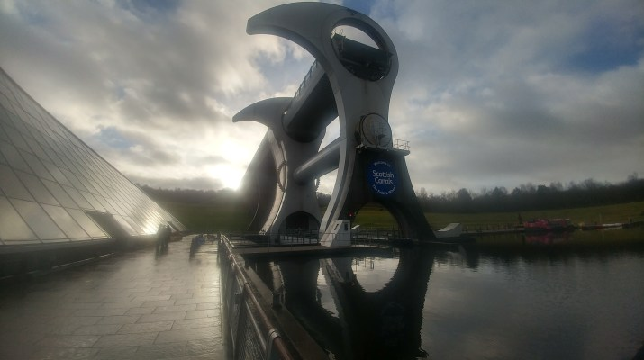 image of Falkirk Wheel: mykp.co.uk