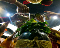 Sawan in 2015 is considered to be a sacred month for worshiping Lord Shiva.