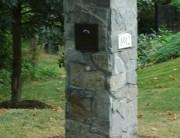 Photo of stone mailbox