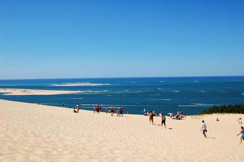 Pour finir, la Dune du Pilat, qui offre un panorama entre mer et terre à couper le souffle !