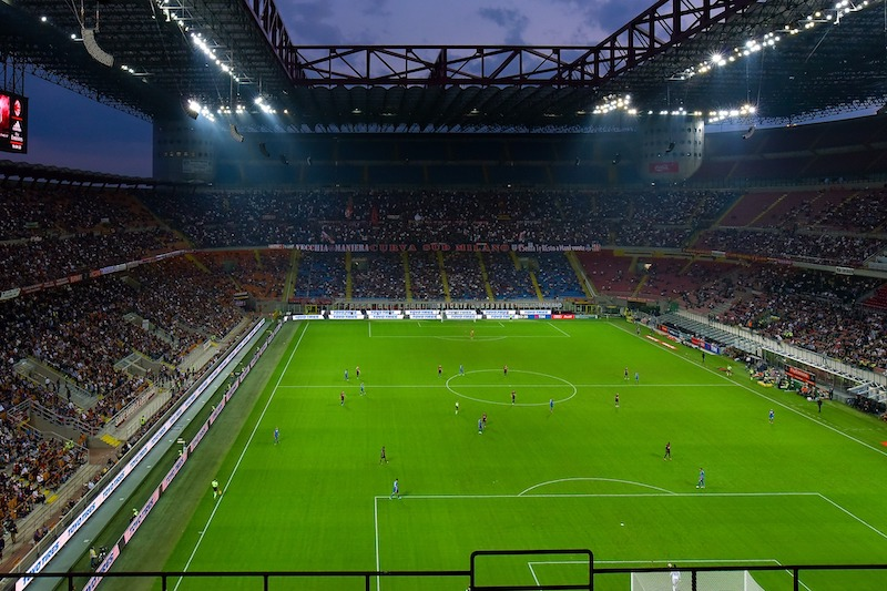 le plus grand stade du monde - San Siro ou le Giuseppe-Meazza
