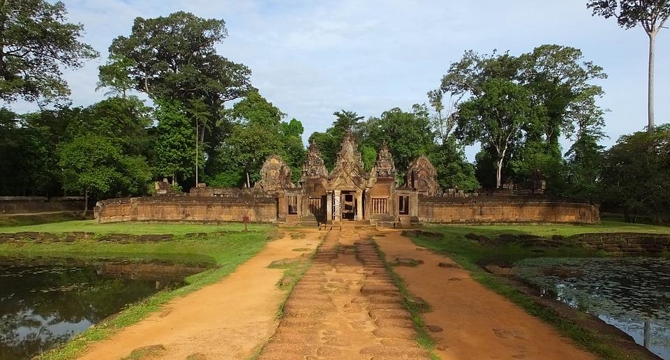 temple d'angkor allée
