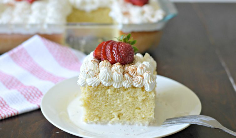 tres leches decorated