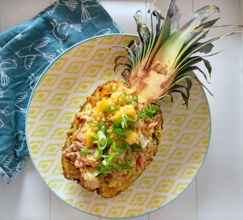 gebakken rijst met ananas en kip