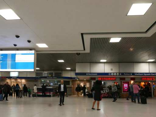 Concourse northern exit near track 16 in 2019