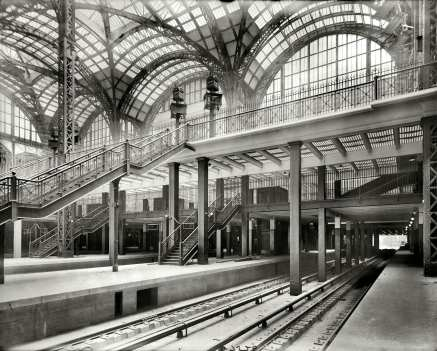 Concourse from Track 6 to Northeast in 1910-15