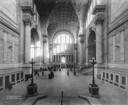 Waiting Room in 1911